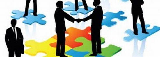任意整理の和解交渉や期間延長は専門家に依頼しよう