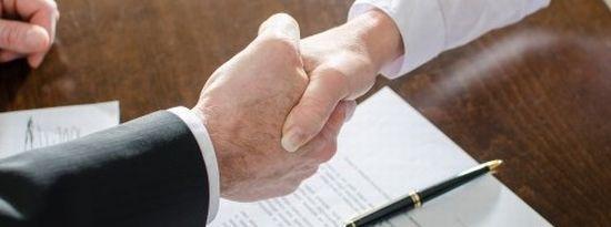 債務整理を依頼する弁護士事務所の選び方画像